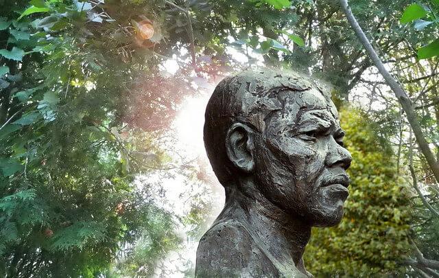 Nelson Mandela A Biography of Nelson Mandela!