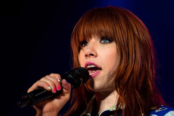 About Carly Rae Jepsen, Biography of Carly Rae Jepsen