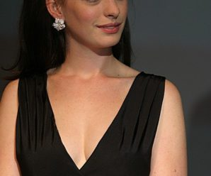 Anne Hathaway Biography: Anne Hathaway Actress, husband/Boyfriend, Parents, Height, Net Worth and More