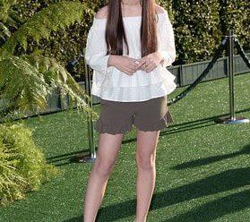 American Actress Landry Bender Biography!!!!